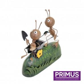 Miniature Metal Life Ant Pushing Wheelbarrow